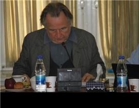 نشست «مفهوم تقدس از دیدگاه های مختلف» با حضور پرفسور رژیس دوبره